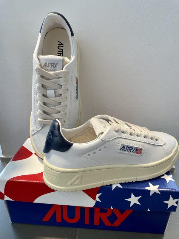 Sneaker Autry weiß/navy
